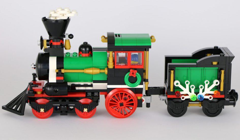 LEGO Creator Festlicher Weihachtszug (10254): Die Lok | © Andres Lehmann / zusammengebaut.com