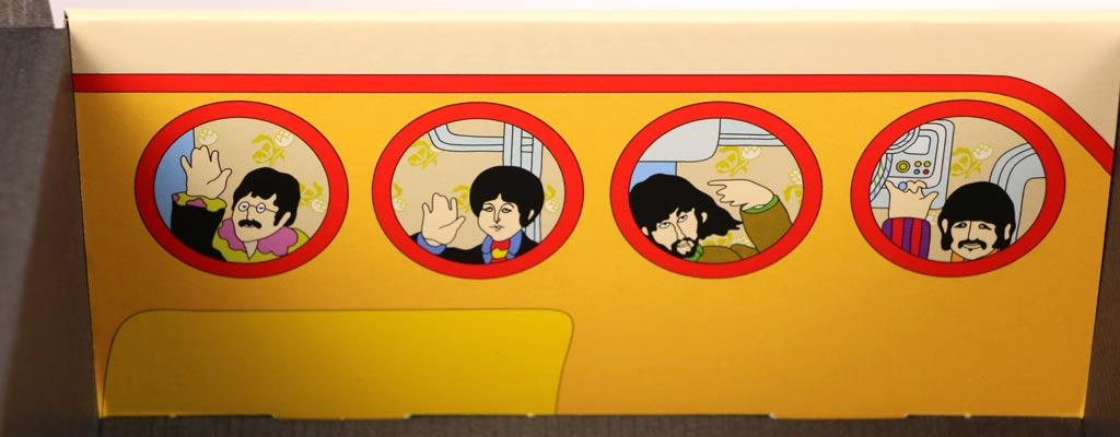 Innenseite mit den vier Vorlagen als Comicfiguren | © Andres Lehmann / zusammengebaut.com