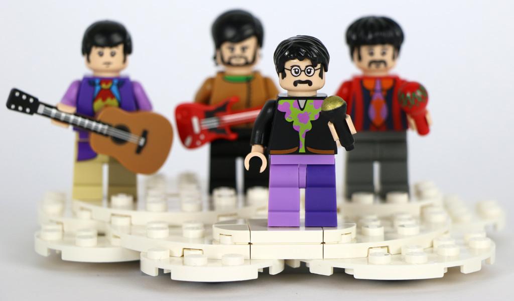 Brit-Pop: Die Musikinstrumente gehören nicht zum Set-Umfang. | © Andres Lehmann / zusammengebaut.com