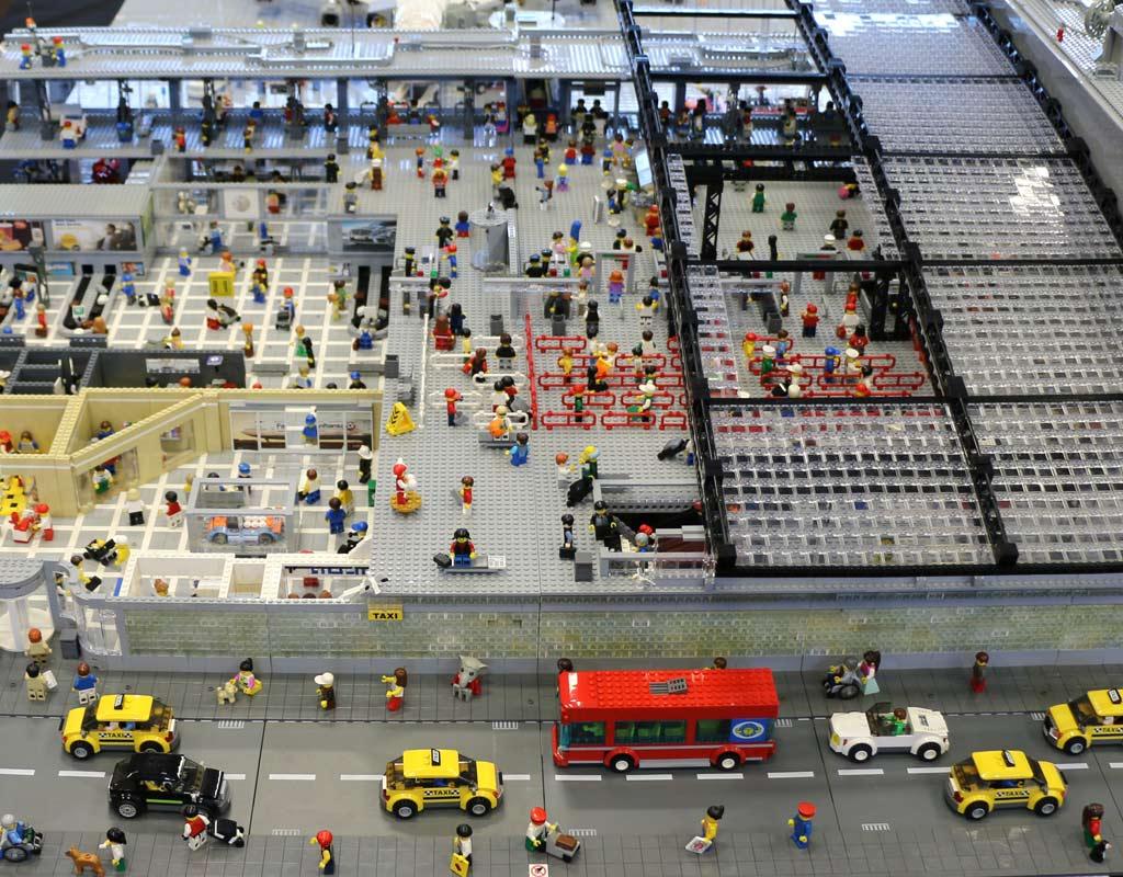 Gut was los im und am Terminal | © Andres Lehmann / zusammengebaut.com
