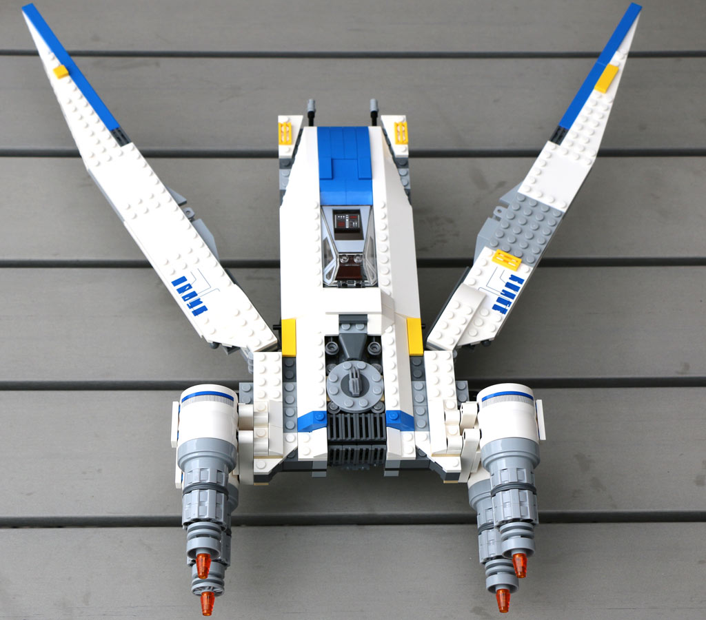 Die Flügel lassen sich bis zu 90 Grad ausbreiten. | © Andres Lehmann / zusammengebaut.com