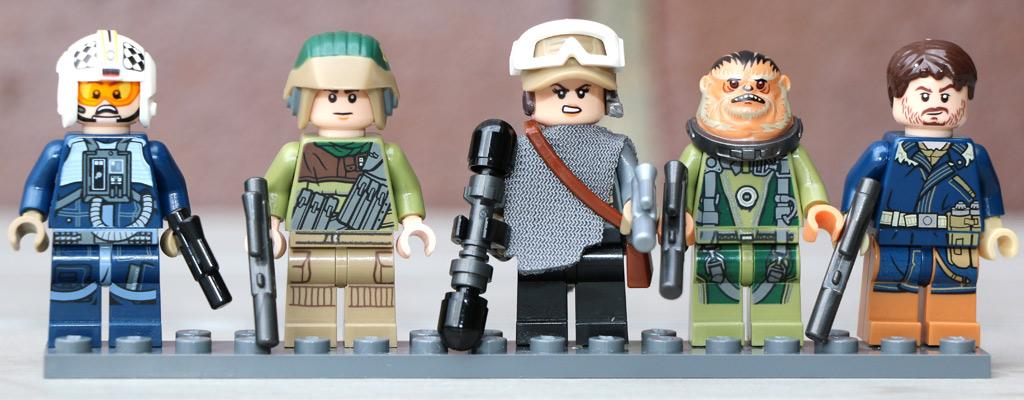 Fünf Minifiguren   © Andres Lehmann / zusammengebaut.com