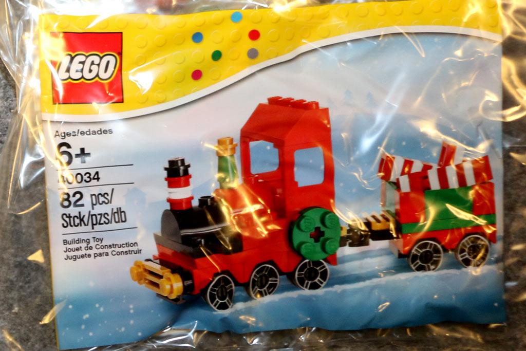 Christmas Train (40034) | © Andres Lehmann / zusammengebaut.com