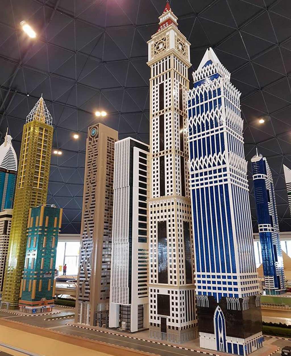 Hoch hinaus im LEGOLAND Dubai | © Ronald Innes