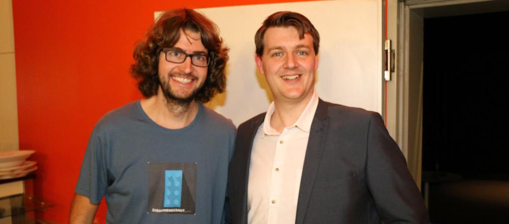 Meine Wenigkeit und Mark Warburton, Associate Producer beim Entwickler Studio  TT Games | © zusammengebaut.com