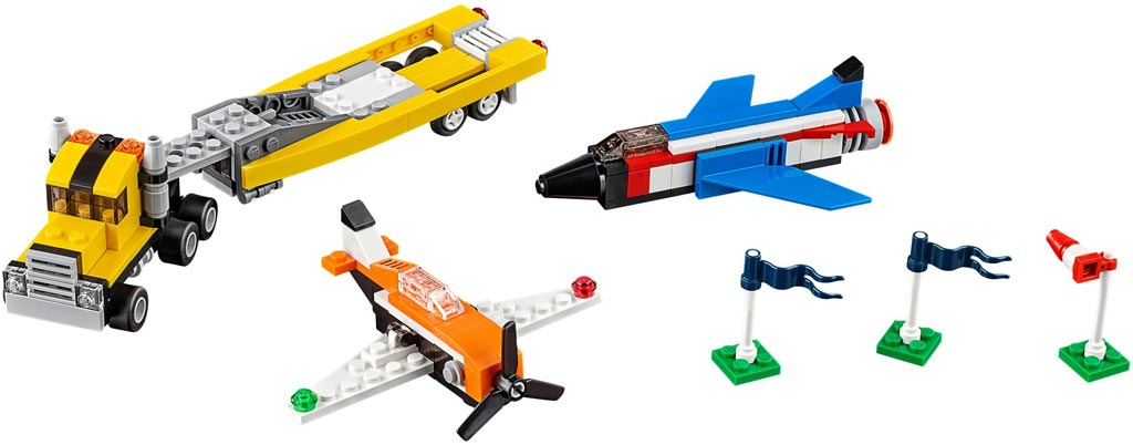 LEGO Creator Road Racing Machine 31060 | © LEGO Group
