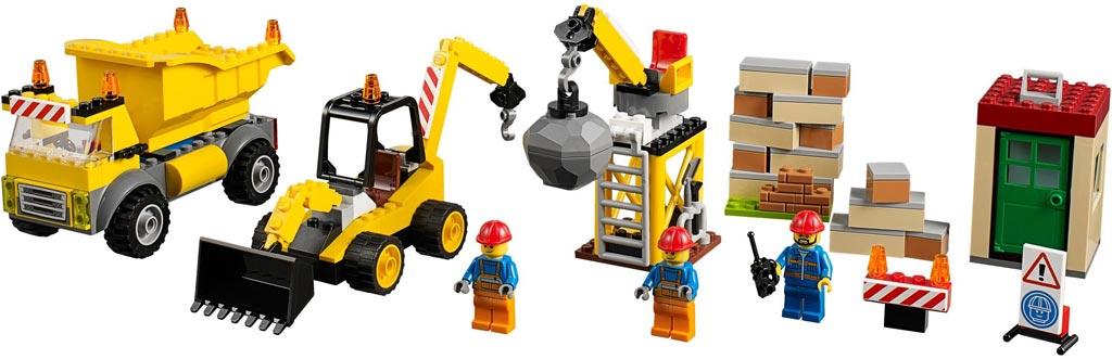 LEGO Juniors Large Construction Site 10734   © LEGO Group