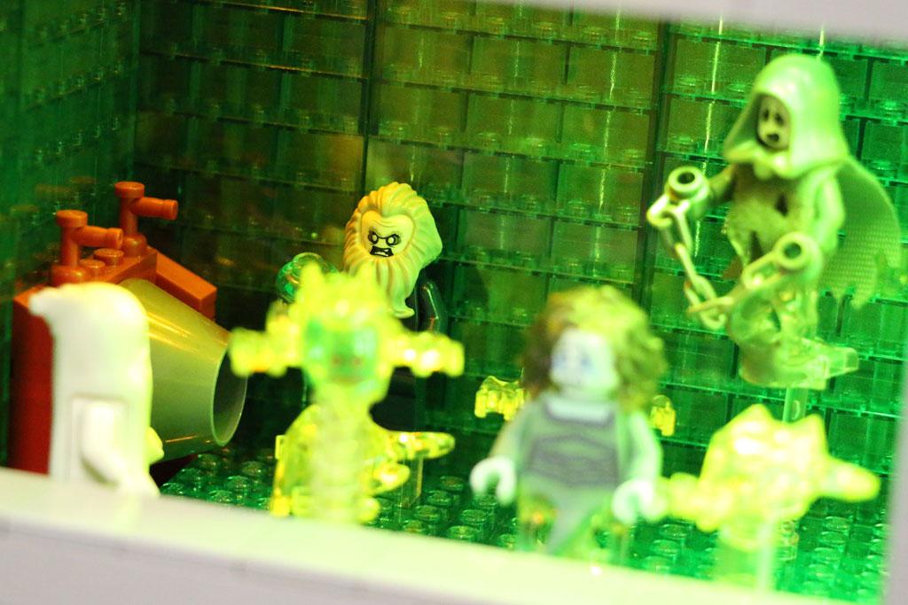 Geister-Vollversammlung | © Andres Lehmann / zusammengebaut.com