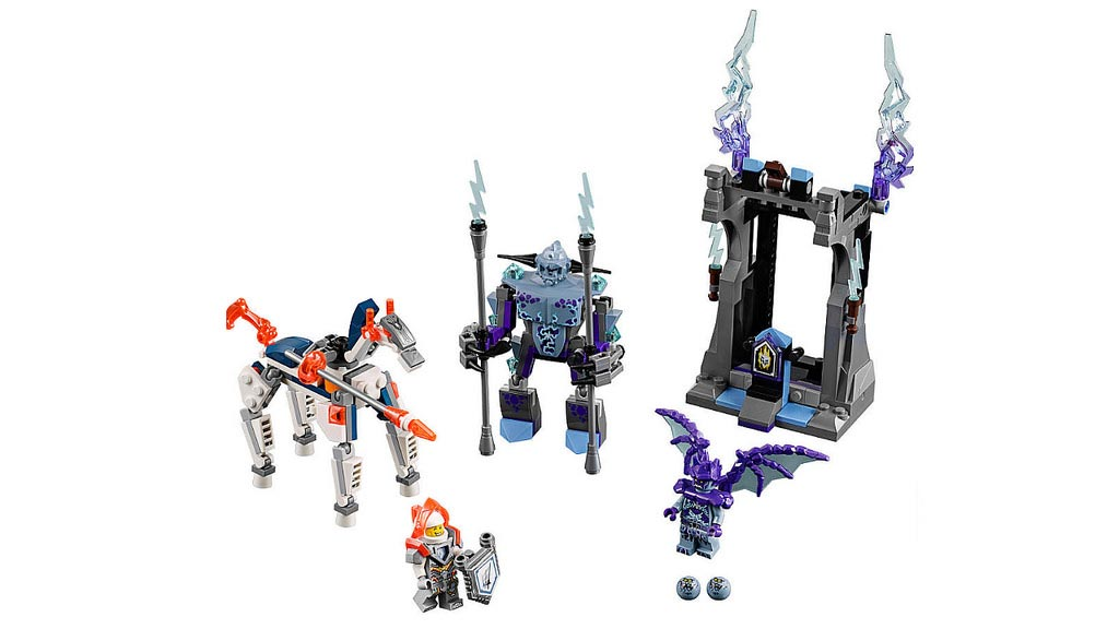 LEGO Nexo Knights Lance vs. Lightning 70359   © LEGO Group