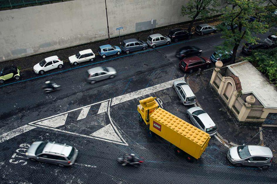 LEGO unterwegs in Rom.   © Domenico Franco