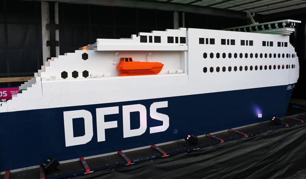 Für ein Wochenende war sie zu Gast in Hamburg: Die Jubilee Seaways | © Andres Lehmann / zusammengebaut.com