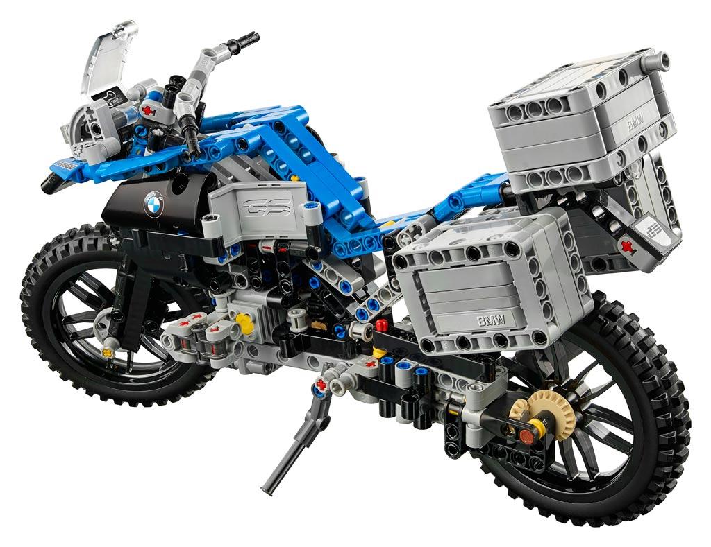 Adventure!   © LEGO Group