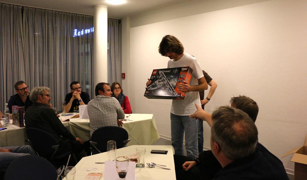 LEGO Technic konnten an beiden Tagen Besucher gewinnen, und eine Box wurde beim AFOL-Abend versteigert. | © zusammengebaut.com