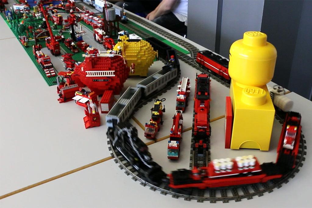 Zahlreiche modifizierte Züge | © Michael Kopp / zusammengebaut.com