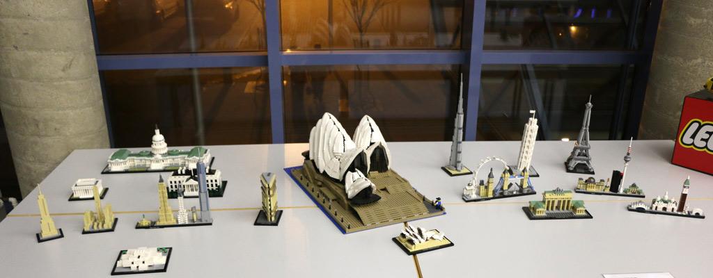 Mittendrin statt nur dabei: LEGO Sydney Opera House 10234  | © Michael Kopp / zusammengebaut.com