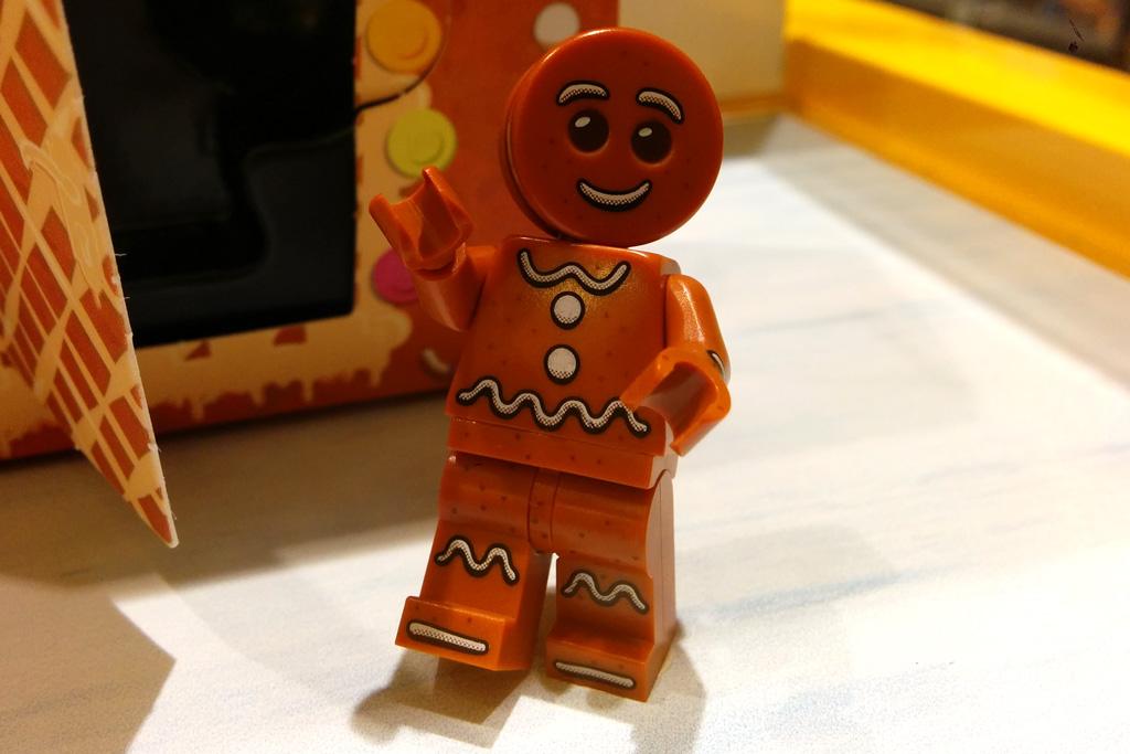 lego-seasonal-gingerbread-man-minifigur-lebkuchenmann-store-2016-zusammengebaut-andres-lehmann zusammengebaut.com