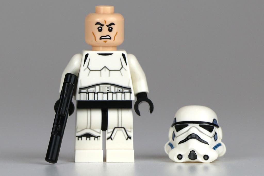 So ein Stormtrooper steht ja auch immer unter Strom. | © LEGO Group