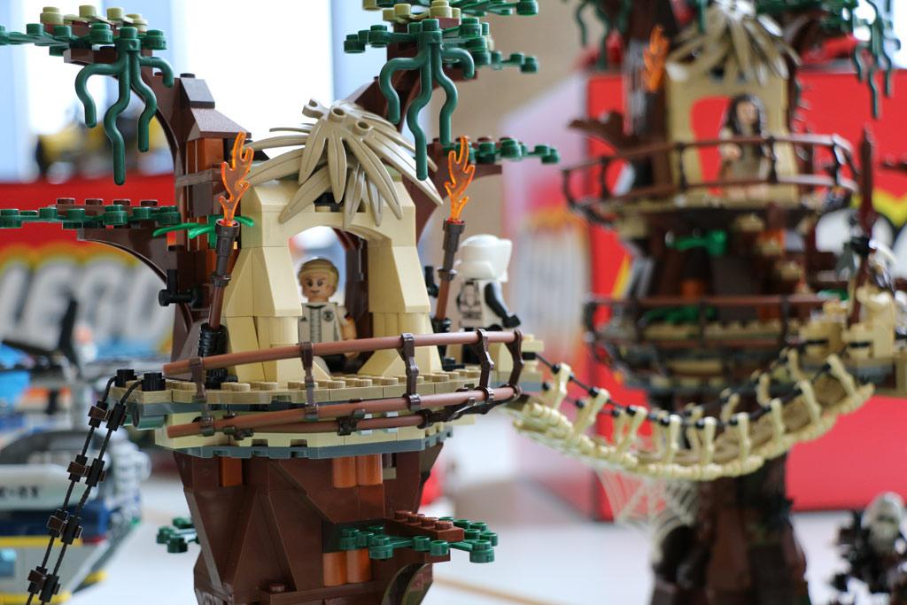 LEGO Star Wars Ewok Village 10236 | © Michael Kopp / zusammengebaut.com