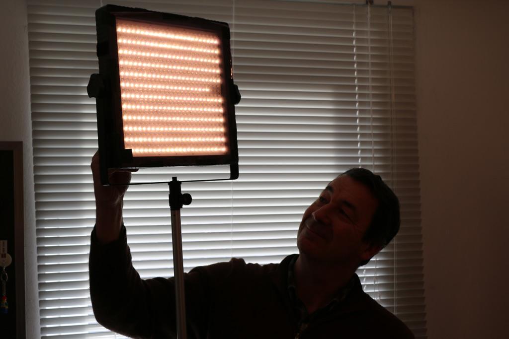 Christian Euler leuchtet meinen Raum aus. | © Andres Lehmann / zusammengebaut.com