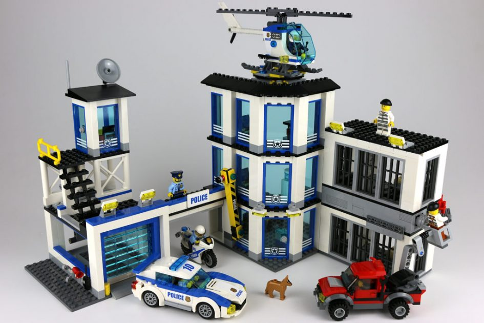 Lego City Police Station Building Set
