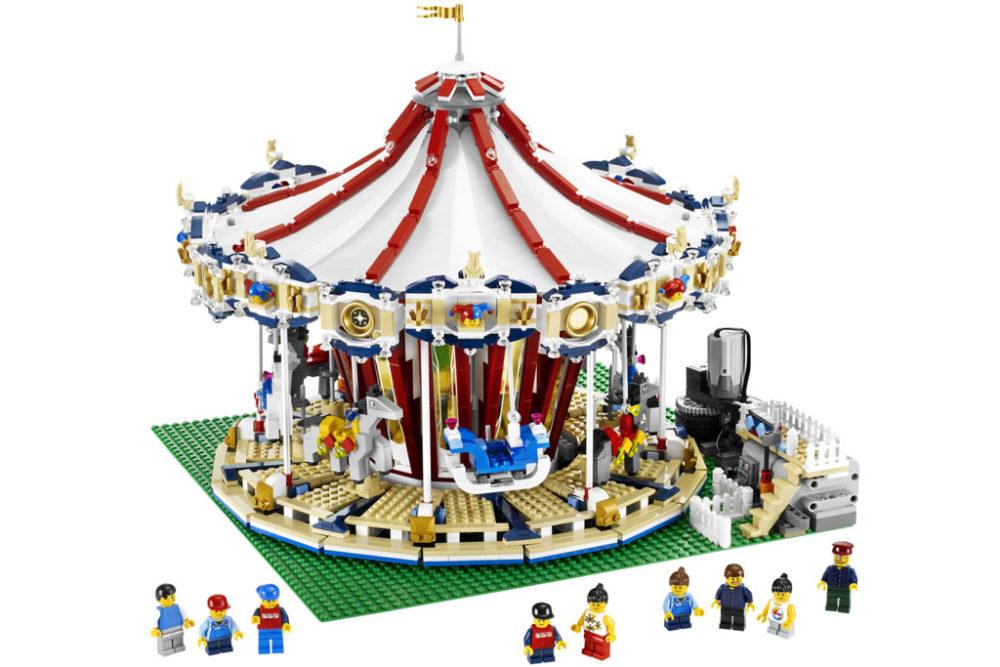 Lego Weihnachtsmarkt.Lego Karussell Sets 10257 Und 10196 Im Vergleich Zusammengebaut