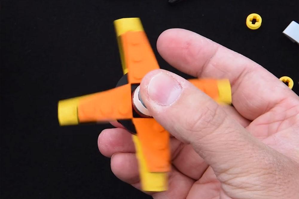 Lego Fidget Spinner Zum Nachbauen Video Mit Anleitung Zusammengebaut