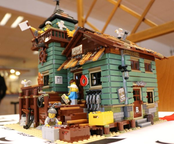 for Lego old fishing store