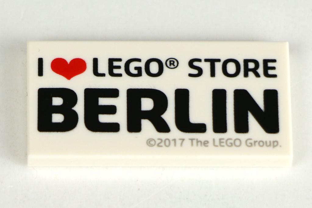 lego-store-i-love-berlin-print-stein-fliese-2017-zusammengebaut-andres-lehmann zusammengebaut.com