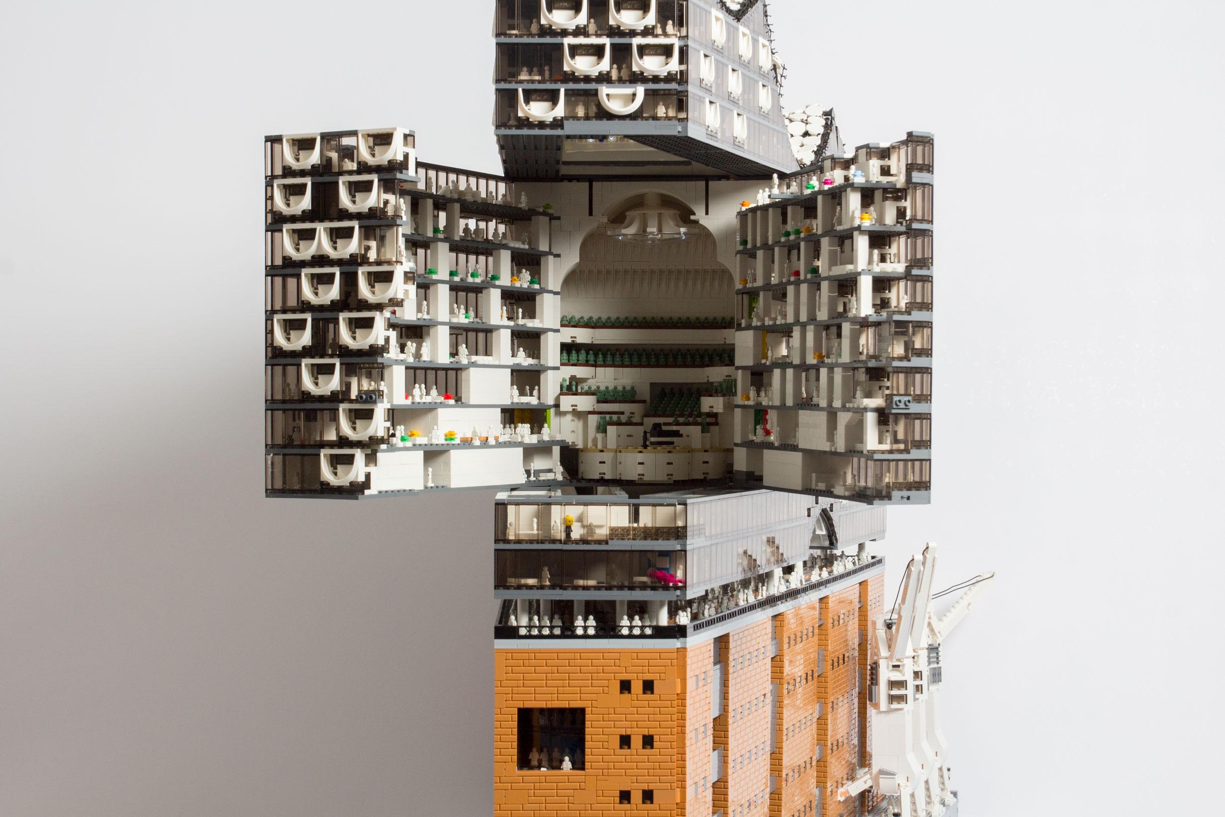 Hotel Interior Designer Hamburger Elbphilharmonie Als Lego Modell Zusammengebaut