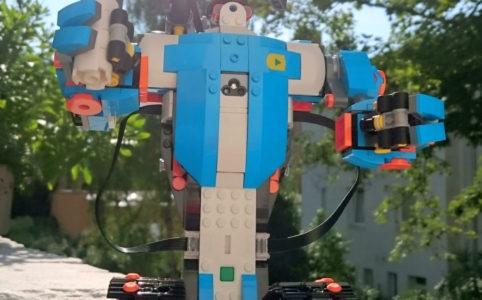 lego-boost-programmierbares-roboticset-17101-sonne-2017-carsten-griesel zusammengebaut.com