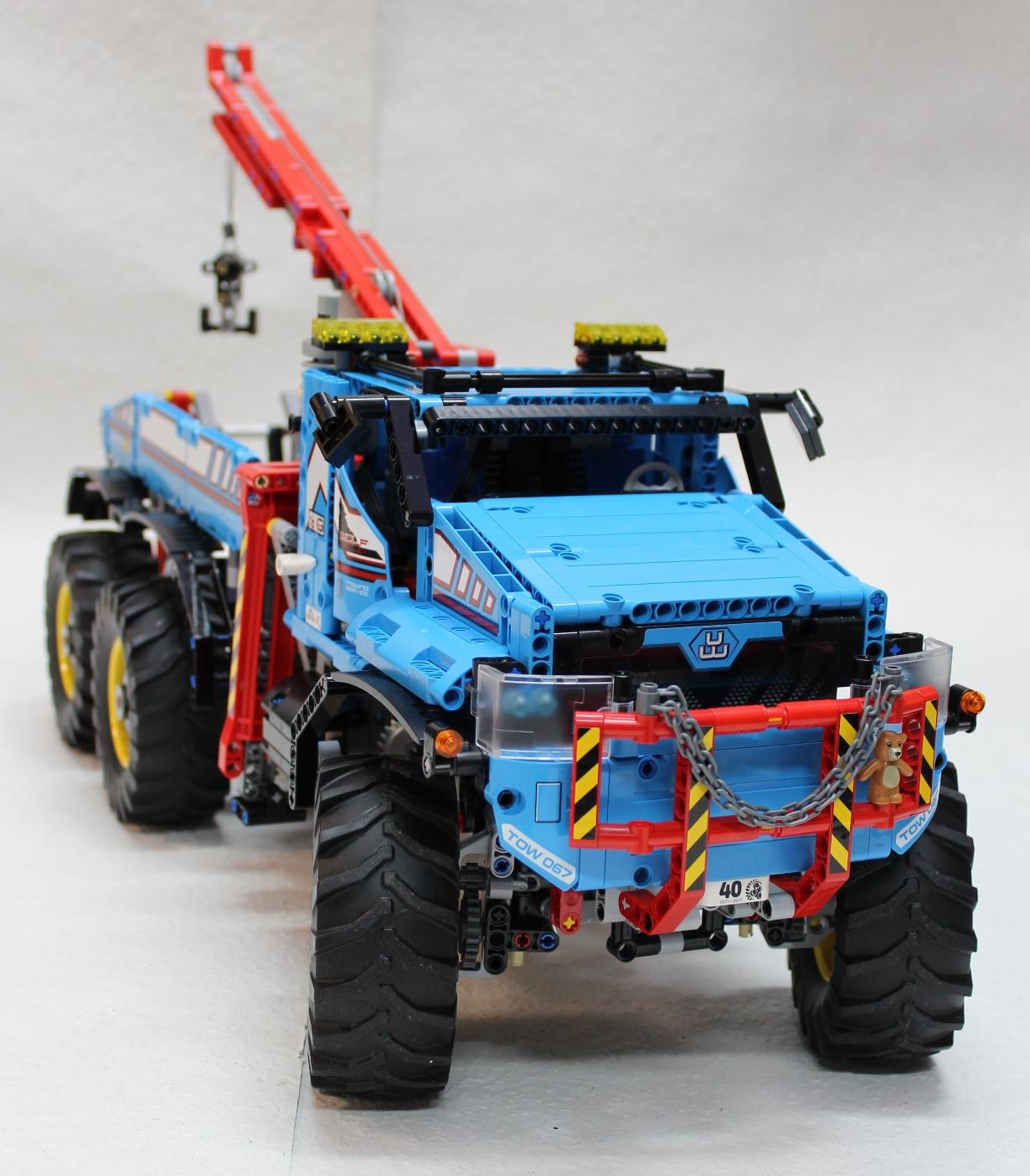 lego-technic-allrad-abschleppwagen-42070-andre-micko zusammengebaut.com
