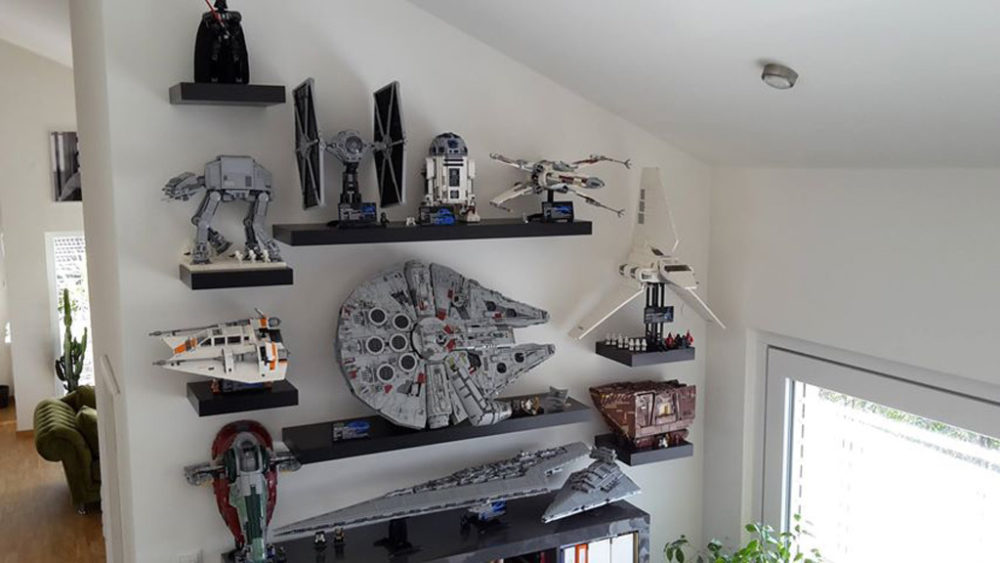 lego star wars ucs millennium falcon 75192 falken aufsteller zusammengebaut. Black Bedroom Furniture Sets. Home Design Ideas