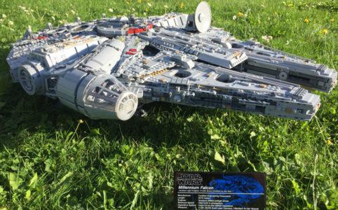 lego-star-wars-ucs-millennium-falcon-75192-gras-schild-2017-zusammengebaut-matthias-kuhnt zusammengebaut.com