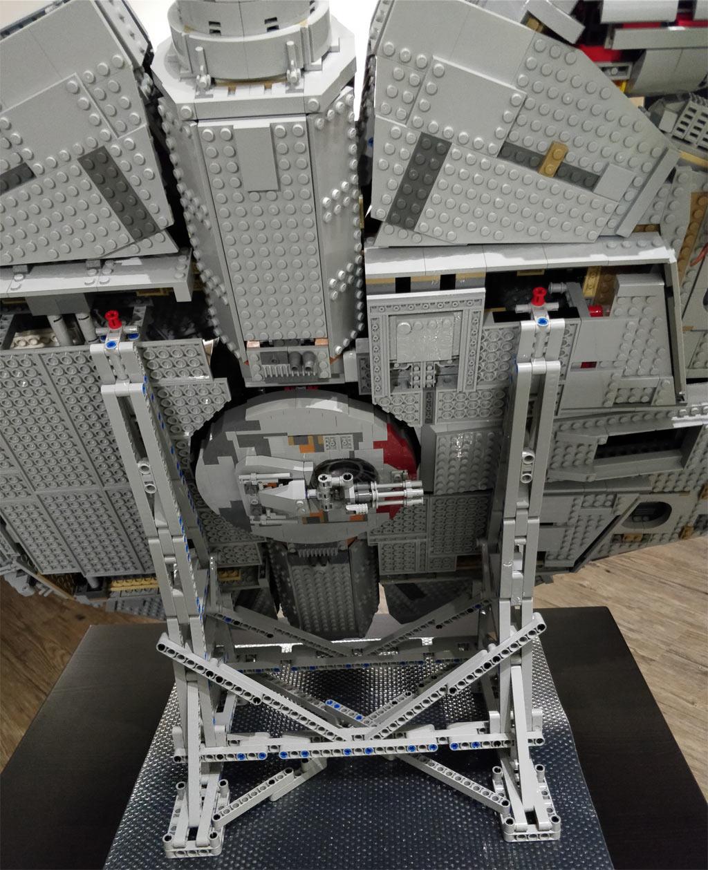 LEGO Vertikaler Ständer für Millennium Falcon Vertical Stand Aufsteller 75192