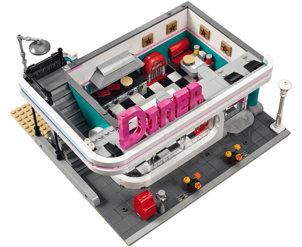 2018 creator expert modular downtown diner the bloks forum. Black Bedroom Furniture Sets. Home Design Ideas