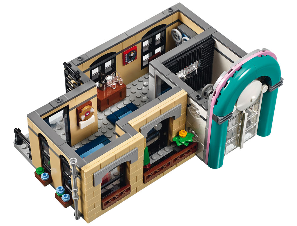 LEGO Downtown Diner 10260 Modular Building 2018