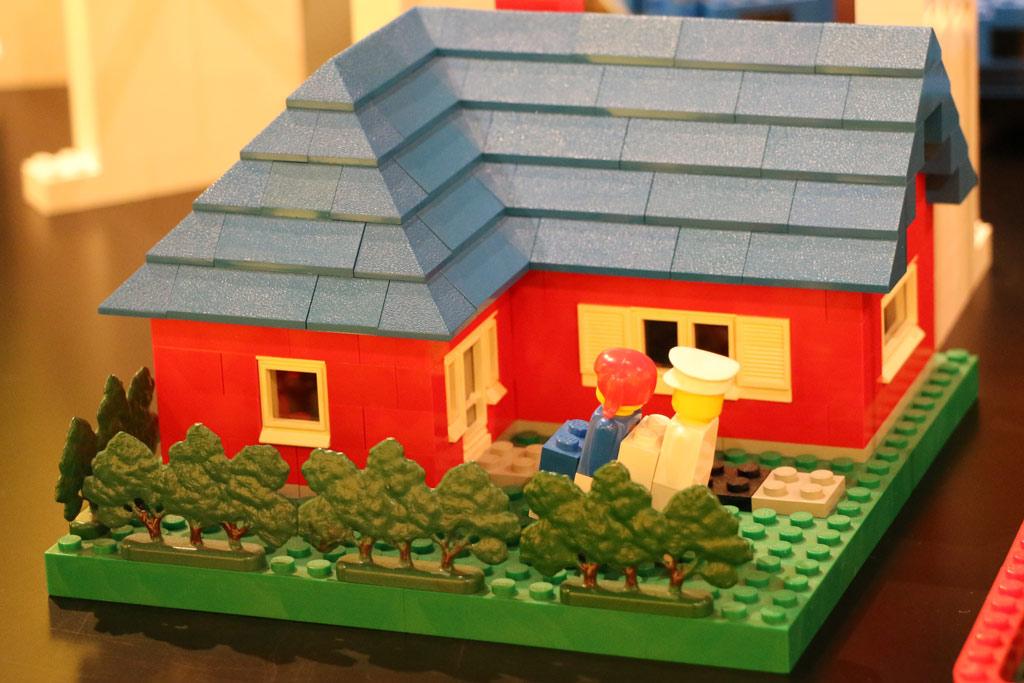 rundgang durch das lego idea house holzente bis super star destroyer zusammengebaut. Black Bedroom Furniture Sets. Home Design Ideas