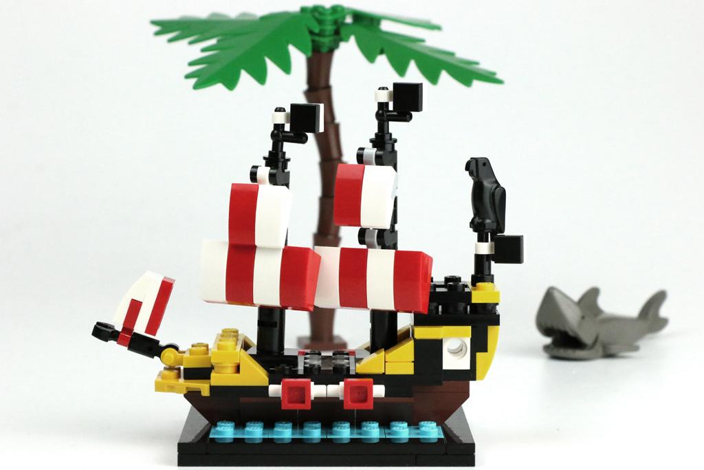 lego-piraten-black-seas-barracuda-6285-mini-modell-60-jahre-lego-stein-40290-2018-zusammengebaut-andres-lehmann zusammengebaut.com