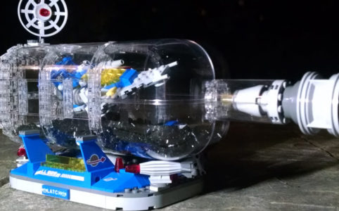 Spaceship in a bottle by Woodpiece