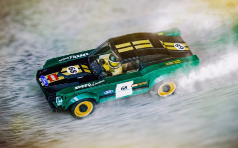 ford-mustang-lego-oben zusammengebaut.com