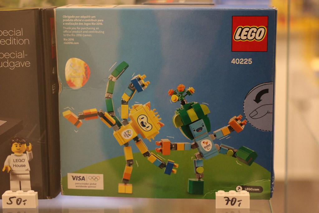Neuer Laden In Hamburg Hansebrick Lockt Lego Freunde Zusammengebaut