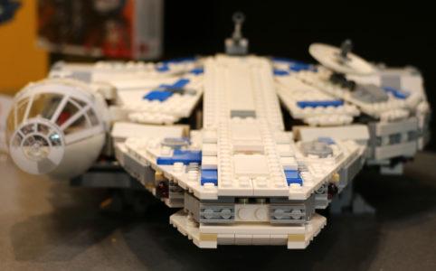 lego-star-wars-kessel-run-millennium-falcon-front-75212-2018-zusammengebaut-andres-lehmann zusammengebaut.com