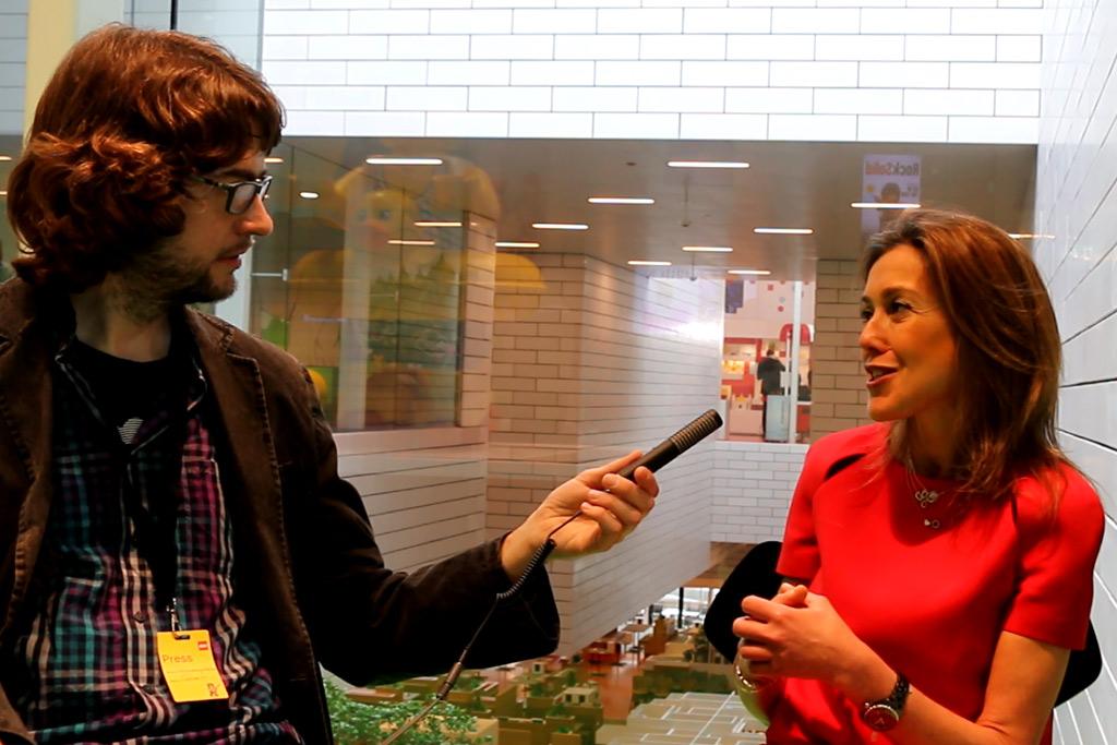 lego-chief-marketing-officer-julia-goldin-interview-2018-zusammengebaut-matthias-kuhnt zusammengebaut.com