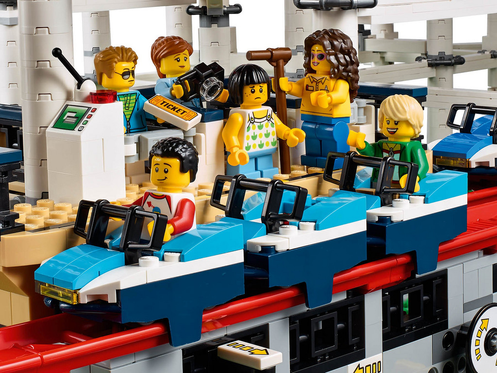 lego creator expert roller coaster 10261 alle details. Black Bedroom Furniture Sets. Home Design Ideas