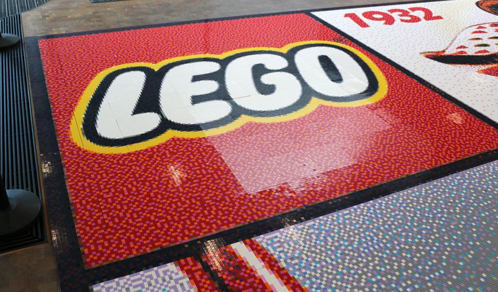 lego-house-mosaik-logo-2018-zusammengebaut