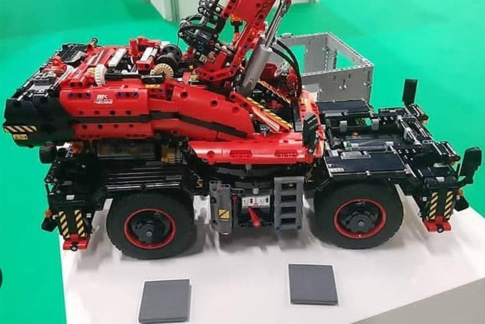 Lego Technic Rough Terrain Crane 42082 Erste Bilder Zusammengebaut