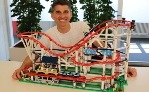 jego-creator-expert-design-lead-jamie-berard-roller-coaster-10261-2018-zusammengebaut-andres-lehmann zusammengebaut.com