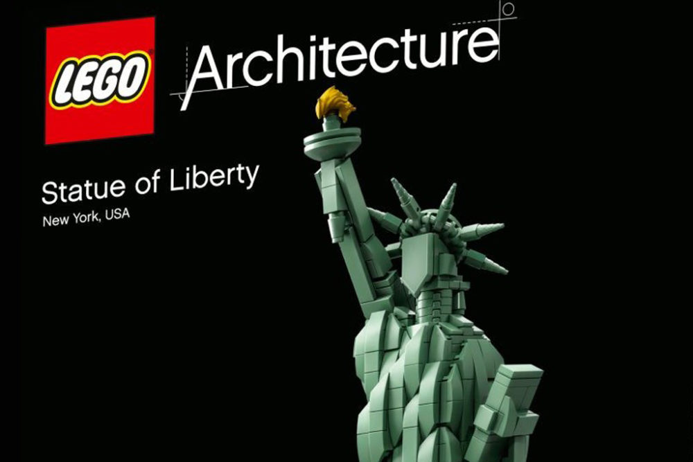 lego-architecture-freiheitsstatue-21042-front zusammengebaut.com