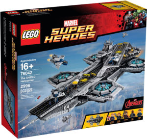 lego-marvel-super-heroes-der-shield-helicarrier-76042-box zusammengebaut.com