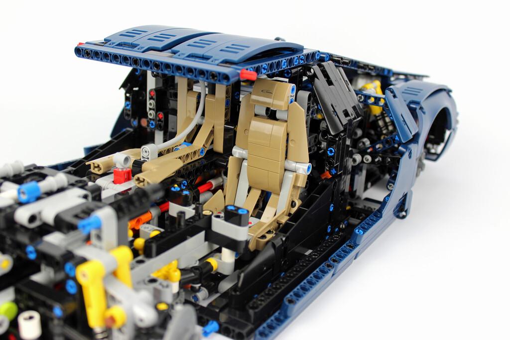 lego technic bugatti chiron 42083 im review zusammengebaut. Black Bedroom Furniture Sets. Home Design Ideas